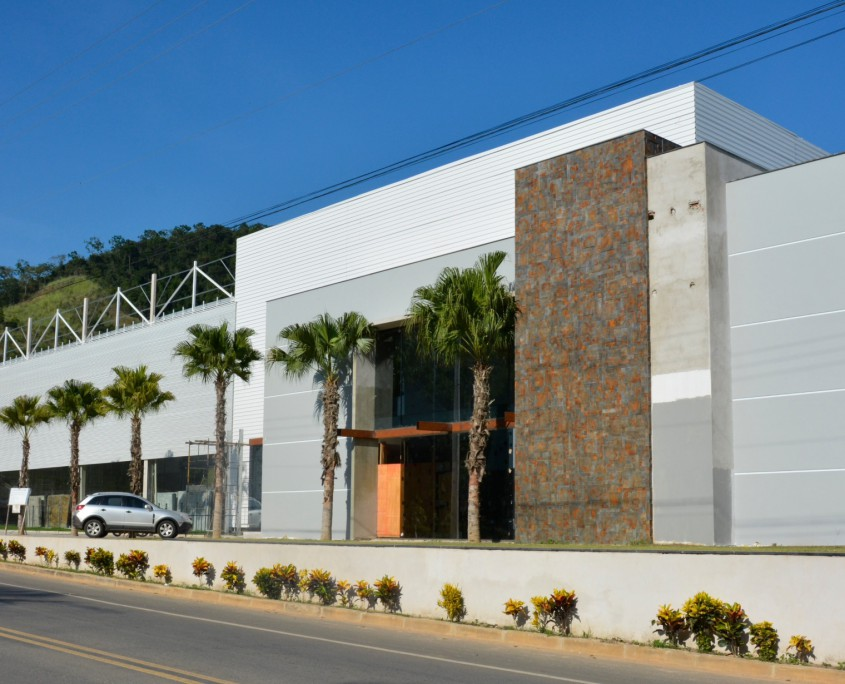 1 New Warehouse For Brazil Trendstone Stockist